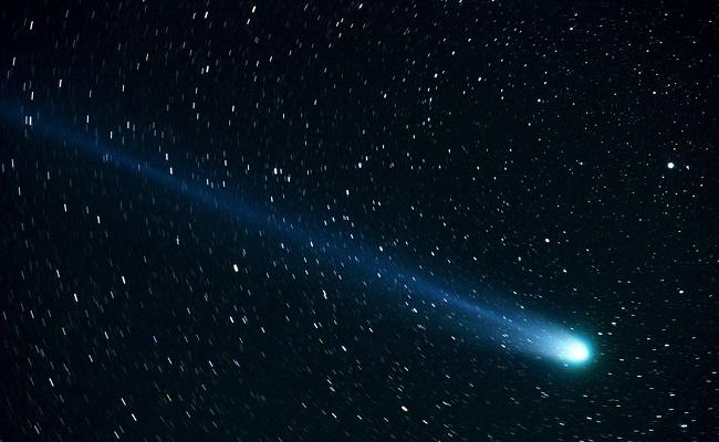 comet-877918_960_720