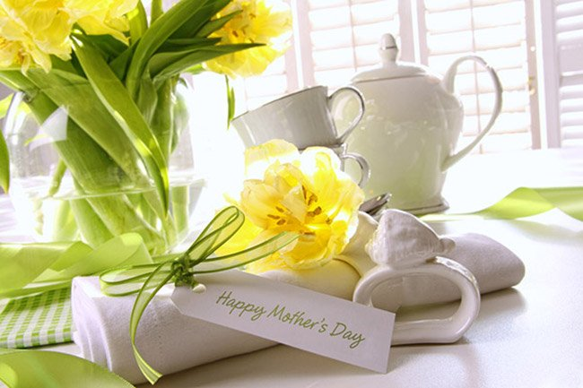 How to Surprise Mom on Mother's Day - Online Star Register