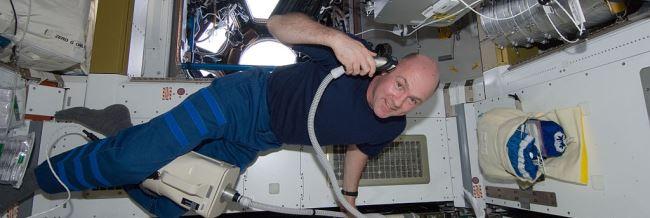Nederlander Andre Kuipers in de ruimte