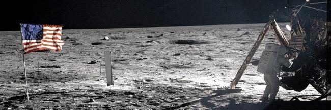 Armstrong op de maan
