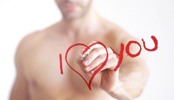 cosa dice la psicologia riguardo l'uomo innamorato